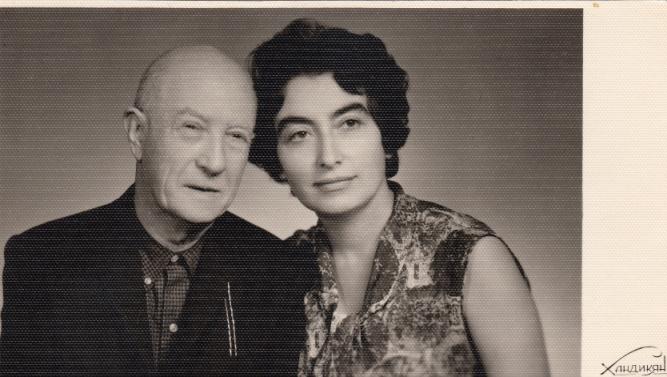 Բյուրակնը հորեղբոր՝ Լևոն Չերազի հետ, 1967