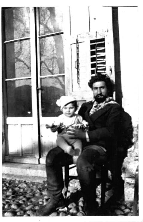 Արշամ Տատրեան 1935ին: Լուսանկարը տրամադրած է բանաստեղծին դուստրը՝ Էւա Տատրեան